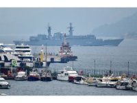 Romanya askeri gemisi Çanakkale Boğazı'ndan geçti