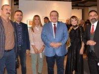 'Renksaz -Yolcu' Resim Sergisi, sanatseverlerle buluştu