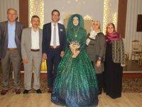 Büşra ile Abdullah nişanlandılar