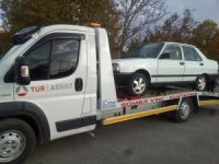 Otomobille drift atan ehliyetsiz sürücüye 7 bin lira ceza