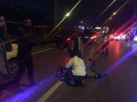 Motosiklet sürücüsü yaralandı, trafik kilitlendi