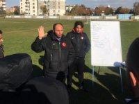Ünal Karaman antrenörlük kursu sürüyor