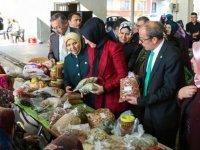 Meramlıların doğal ürünleri Melikşah Pazarı'nda