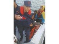 Bottan kurtarılan düzensiz göçmenler