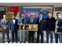Vali Aktaş, TÜGVA İl Temsilciliğini ziyaret etti
