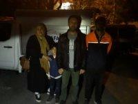 Dağda mahsur kalan aile kurtarıldı