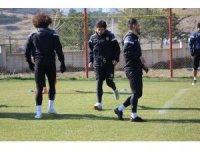 E. Yeni Malatyaspor'un deplasman karnesi kötü