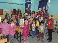 Karapınar Gençlik Merkezi'nden köy okuluna ziyaret