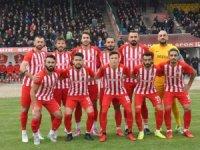Akşehirspor liderliği Kırıkkale'de bıraktı
