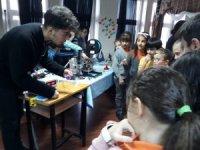 İlkokul öğrencilerine robotik kodlama etkinliği