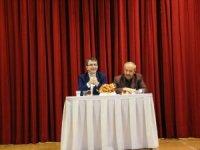 """""""Yeni Türkler"""" konferansına yoğun ilgi"""
