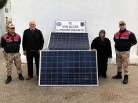 Güneş panellerini çalan hırsızlar yakalandı