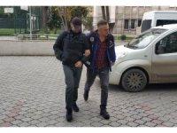 FETÖ'den gözaltına alınan öğretmen adliyeye sevk edildi