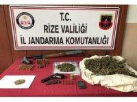 Rize'de jandarmadan kaçak silah imalathanesine baskın