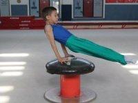 Cimnastikte seviye tespit yarışları yapıldı