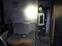 Sobadan çıkan yangında 3 kişi dumandan etkilendi