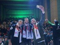 Konyasporlu futbolcular imza gününde