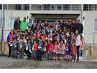 Minik öğrencilerden Nazilli Belediyespor'a ziyaret