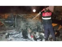 Samsun'da tır ile çarpışan otomobil yandı: 1 yaralı