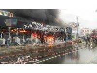 Alaçatı'da çıkan yangın güçlükle kontrol altına alındı