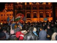 Macaristan'da 'köle yasası' gösterileri devam ediyor