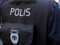 Türk bayrağına hakaret eden polislere operasyon!