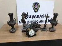Kuşadası'nda antika eşyaları çalan hırsızlar yakalandı
