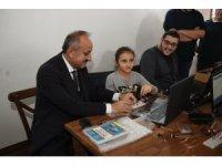 Başkan Babaş'tan, robotik kodlamaya tam destek