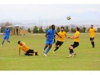 Manavgat Belediyespor ilk yarıyı galibiyetle kapattı