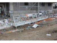Dış cephe platformu 15. kattan yere çakıldı: 1 ölü, 1 yaralı