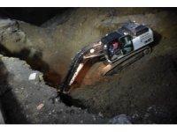 Çöken toprak Kırıkkale'nin kanalizasyon hattını patlattı