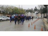 Samsun'da 5 kişinin yaralandığı 'tarla sürme' kavgasıyla ilgili 3 şahıs adliyede