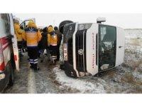 Edirne'de etkili olan kar, kazaları da beraberinde getirdi