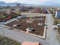 Beyşehir'de park mesaisi hız kesmiyor