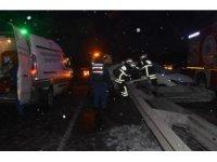 Tekirdağ'da otomobil bariyere saplandı: 1 ölü, 1 yaralı
