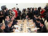 Rus ve Japon Dışişleri Bakanları barış için bir arada
