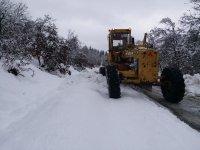 Akseki-Seydişehir yolunda kar engeli