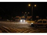 İzmir-Ankara D300 karayolu 7 saatte trafiğe açıldı