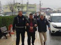 İnsan kaçakçıları sınırdan geçirdikleri DEAŞ'lıyla yakalandı