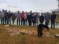 KONTİMDER'den sokak hayvanlarını besledi