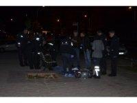 Adana'da 1 kişi kaldırımda ölü bulundu