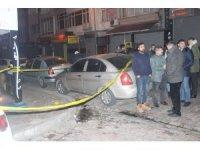 Şirinevler'de bir kafede çıkan kavgada silahlar konuştu: 1 yaralı