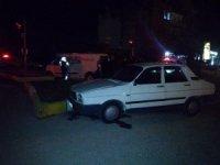 Hafif ticari araç ile otomobil çarpıştı: 6 yaralı