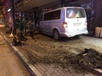 Trafik polisine vurmaya çalışan alkollü sürücüyü vatandaşlar linç etmek istedi