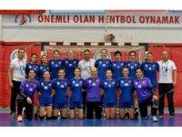Muratpaşa Belediyespor çeyrek finalde