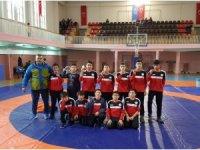 Yerköylü öğrenciler güreş turnuvasında 7 madalya aldı