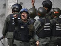 Venezuela'da Maduro'ya darbe girişimi