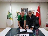 Akhisarspor, Cocalic'i renklerine bağladı