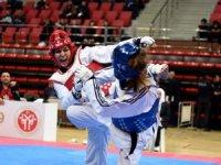 Büyükler Taekwondo Şampiyonası heyecanı Konya'da yaşanıyor