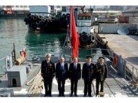 TCG Bandırma gemisi Beyrut Limanı'nda